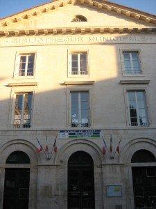 école Jules Michelet 2 rue émile Bèche Niort 79000 tel:0549244086 mail:ce.0790167c@ac-poitiers.fr